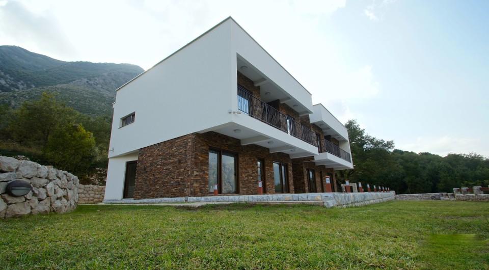 Superior Quality Villa In Pr U010danj  Kotor