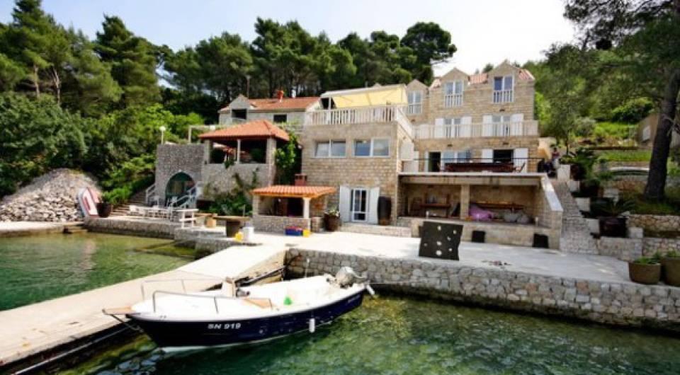 Croatian Real Estate Waterfront Stone Villa With Modern Interior Croatia Dream Estates